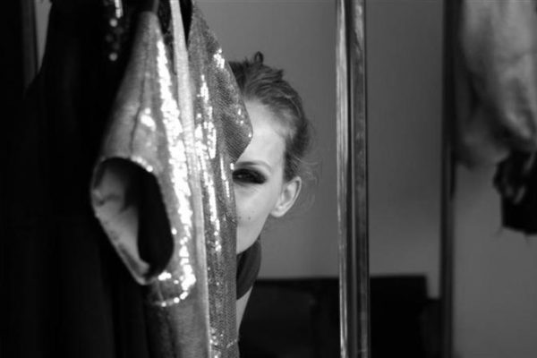 Secret Lashes Fashion Show 2011 - backstage 28